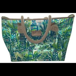 Lilly Pulitzer Plastic Beach Tote  Lt house print